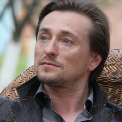 Сергей Безруков высказал свое мнение о скандале с Олегом Меньшиковым