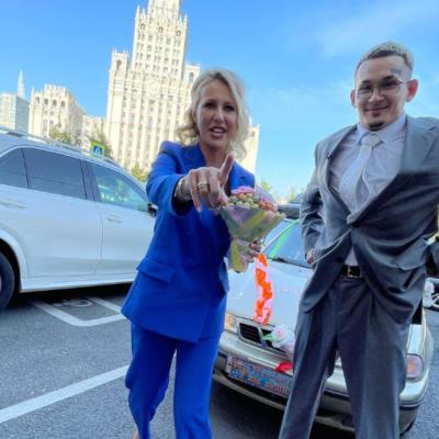 Ксения Собчак опубликовала фото со свадьбы Алишера Моргенштерна